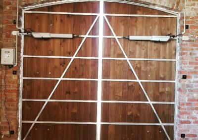 Automatic Barn Doors